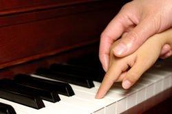 child-piano_0.jpg?1447210464696
